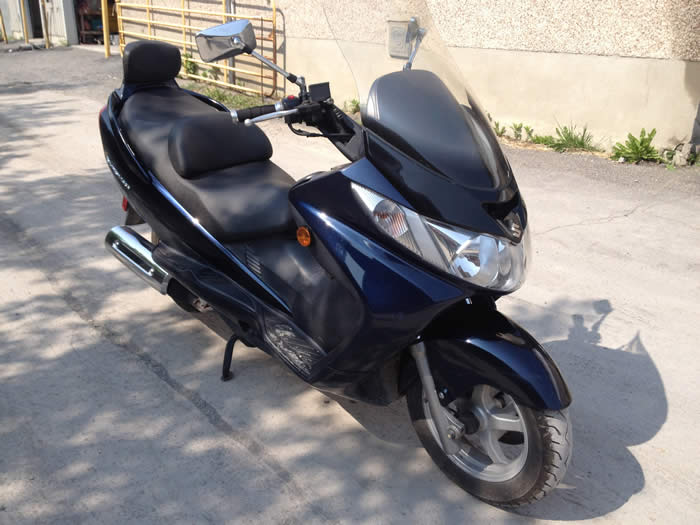 2004 SUZUKI BURGMAN 400CC for sale Ottawa